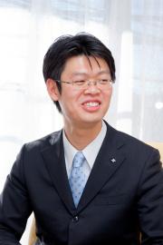 井上 正義氏